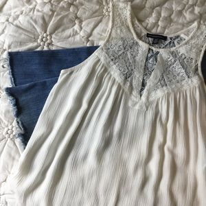 American Eagle Outfitters Sleeveless Top Lace